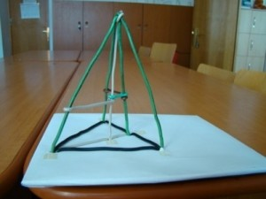 Triangular prism with its elements   base, edges, height, apothem